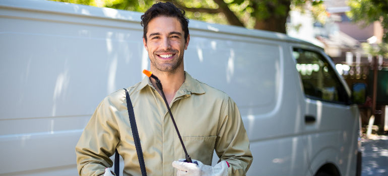 how to choose a pest control company