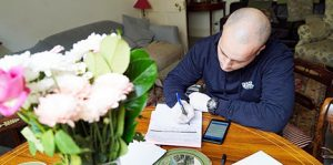 Pest technician gives prevention advice
