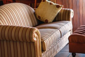 inspect used furniture for bed bugs